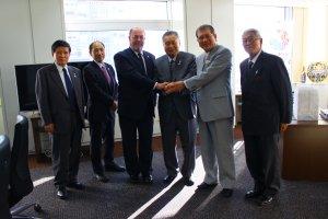wkf-president-visits-joc-tocog-and-nippon-budokan-350-002