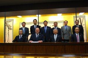 wkf-president-visits-joc-tocog-and-nippon-budokan-350-003